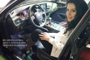 Audi logro cautivar a todos los asistentes con sus modelos, yo feliz en este Audi A4  es precioso.