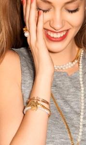 Las perlas siempre serán mis favoritas y en esta nueva  campaña Tous abundan!