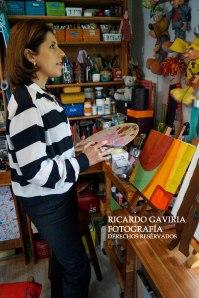 El taller de Adriana Florez Urueña directora creativa de Urueña era antes la casita de juegos de sus hijos, ahora es un lugar de mucha inspiración.