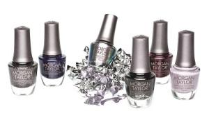 Sally Beauty solo maneja marcas profesionales, esmaltes de excelente calidad que cuidan tus uñas y  resaltan tu belleza.